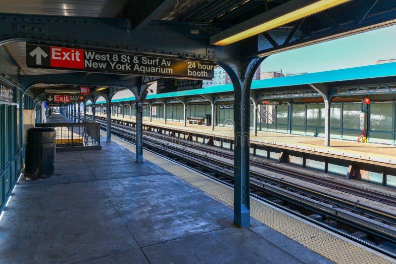 Västra 8th gatagångtunnelstation - New York City royaltyfri foto