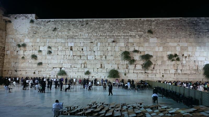 Västra vägg i Jerusalem på natten royaltyfri bild