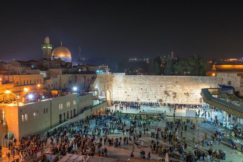 Västra vägg på natten i Jerusalem, Israel royaltyfri bild