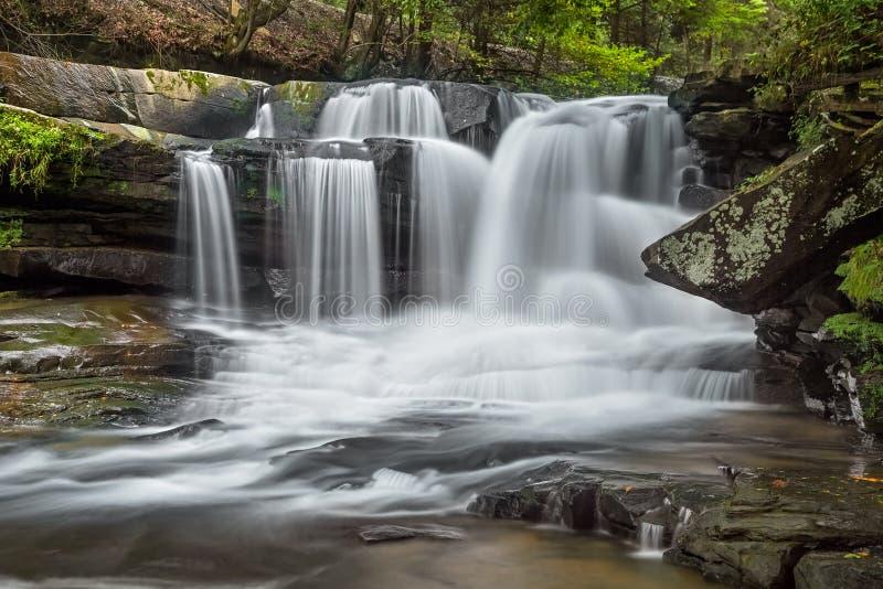 Västra Virginias Dunloup nedgångar royaltyfri foto