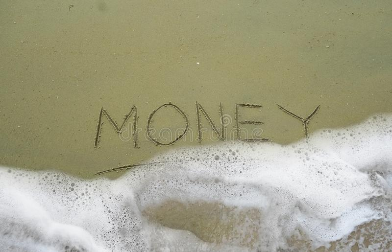 Våg över pengar royaltyfria bilder