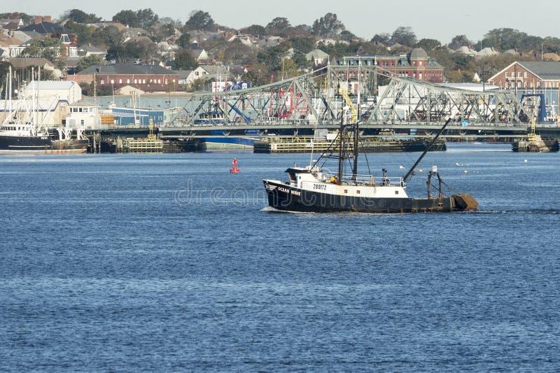 Våg för hav för fiskeskyttel arkivbild