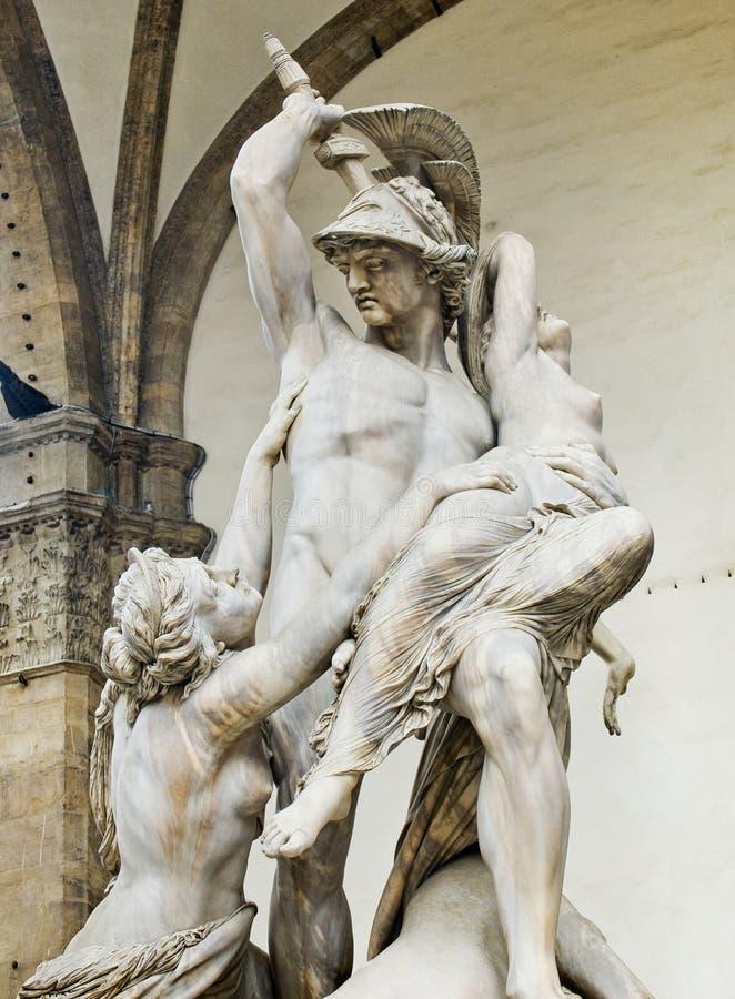 Våldta av Polyxena skulptur i loggiadellaen Signoria. Florenc fotografering för bildbyråer