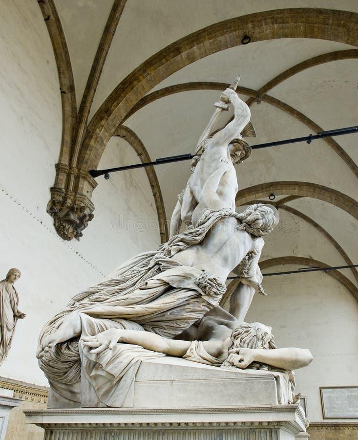 Våldta av Polyxena skulptur i loggiadellaen Signoria. Florenc arkivbilder