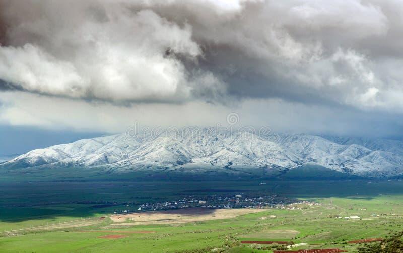 Vårlandskap av sydliga Kasakhstan royaltyfri fotografi