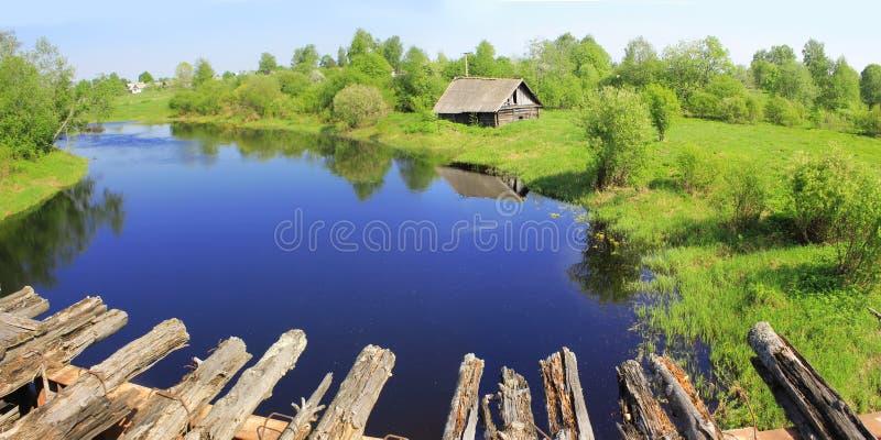 Vårlandskap, Ryssland royaltyfria bilder