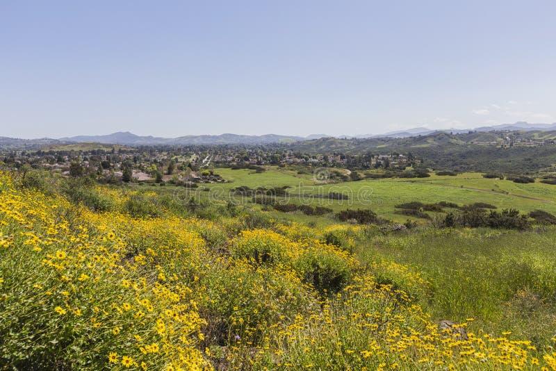 Vårsikt av Thousand Oaks Kalifornien fotografering för bildbyråer