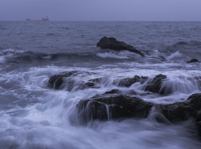 våta rocks arkivbilder