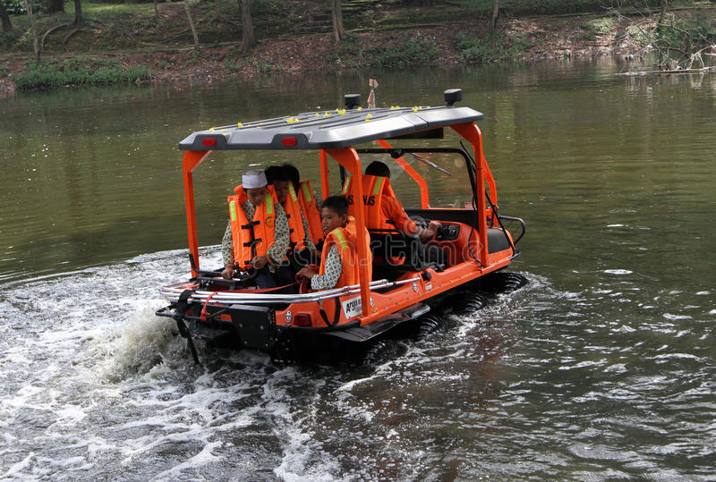 Véhicule amphibie photos stock