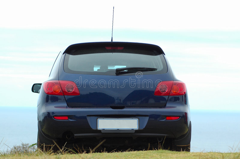 Véhicule bleu de Mazda photo libre de droits