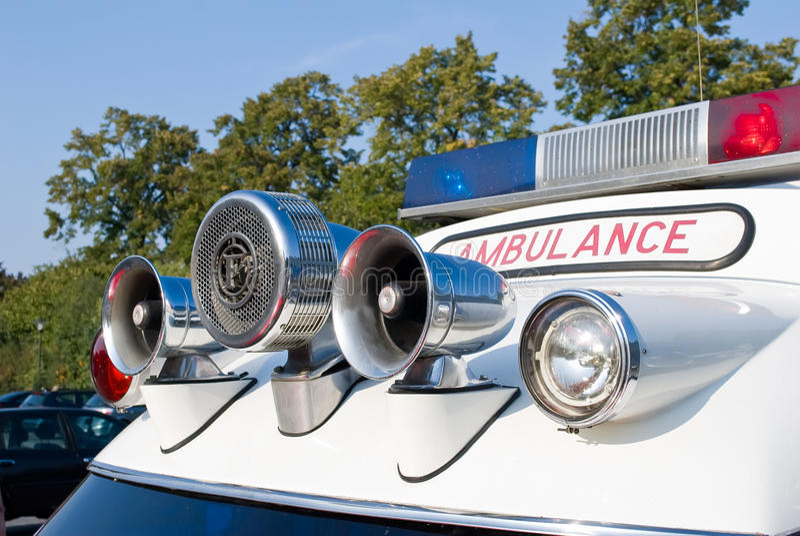 Véhicule d'ambulance. image libre de droits