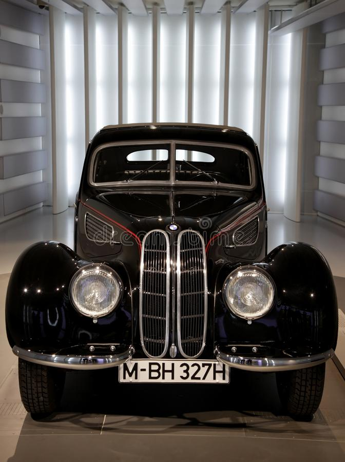 Véhicule de luxe classique de BMW images libres de droits