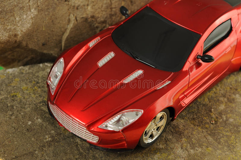 Véhicule de luxe rouge photo stock