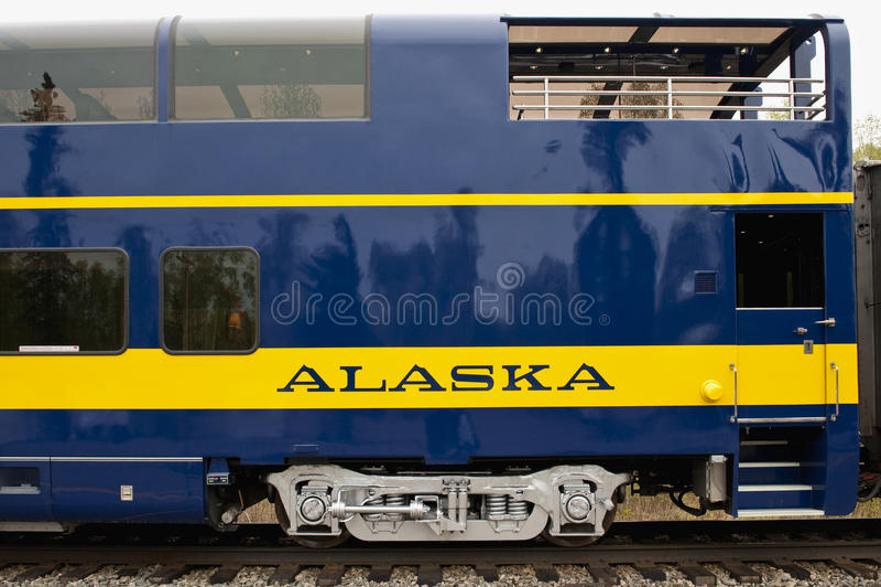 Véhicule de train de l'Alaska images stock
