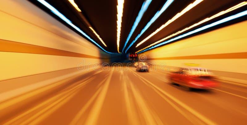 Véhicule ultra-rapide dans le tunnel photo libre de droits