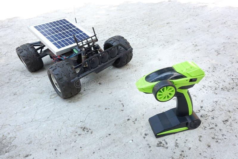 Véhicules à télécommande, prototypes de l'énergie solaire photographie stock