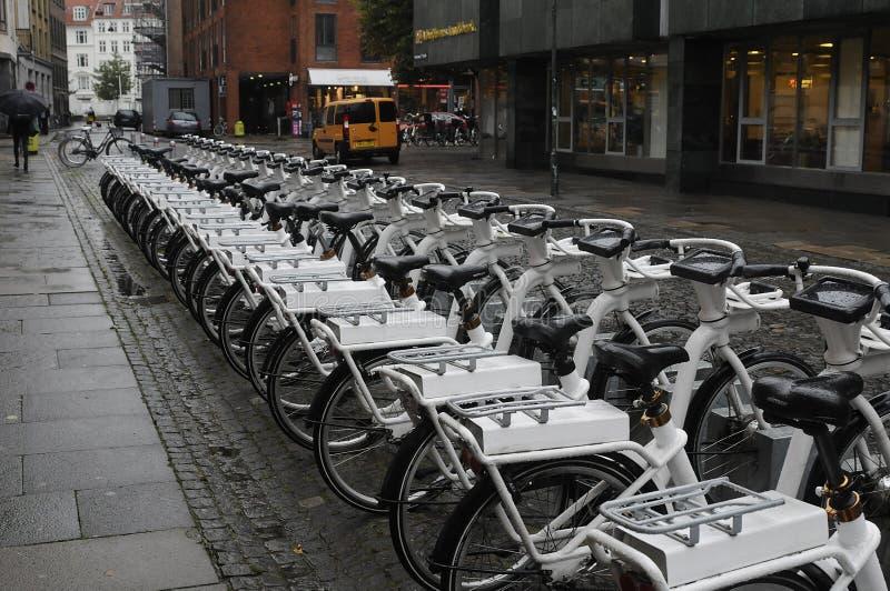 Vélo électrique de loyer image libre de droits