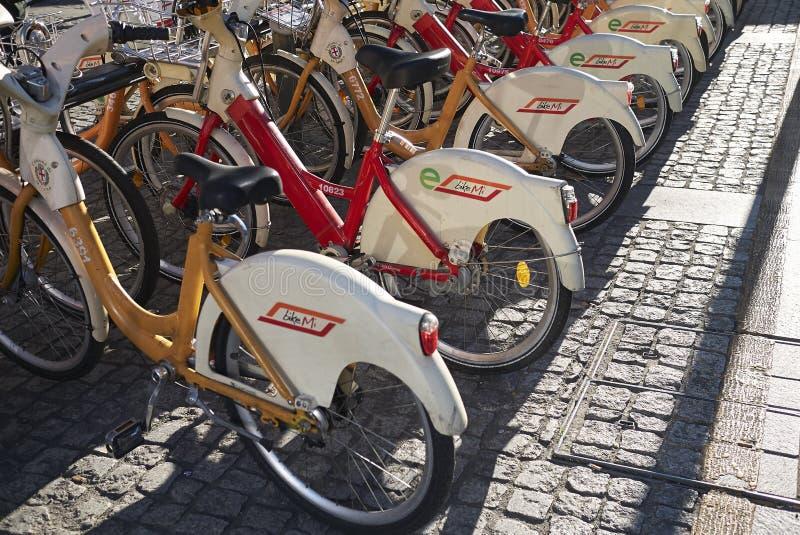 Vélo louant BikeMi appelé image libre de droits