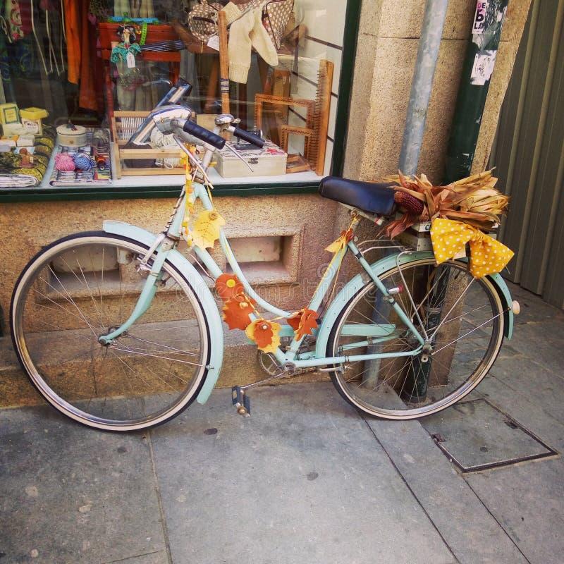 Vélo Portugal de cru images libres de droits