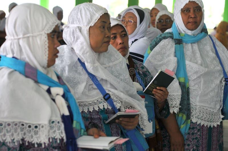 Vérification des passeports des pèlerins images libres de droits