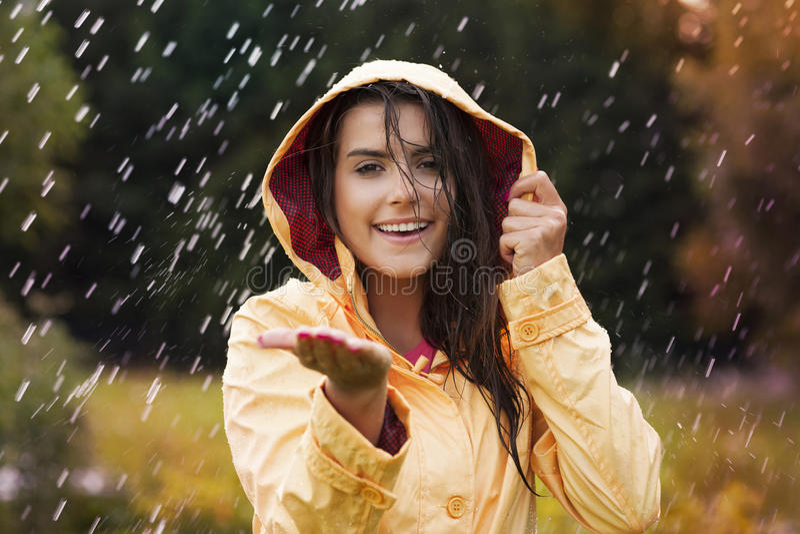 Vérification la pluie photos stock