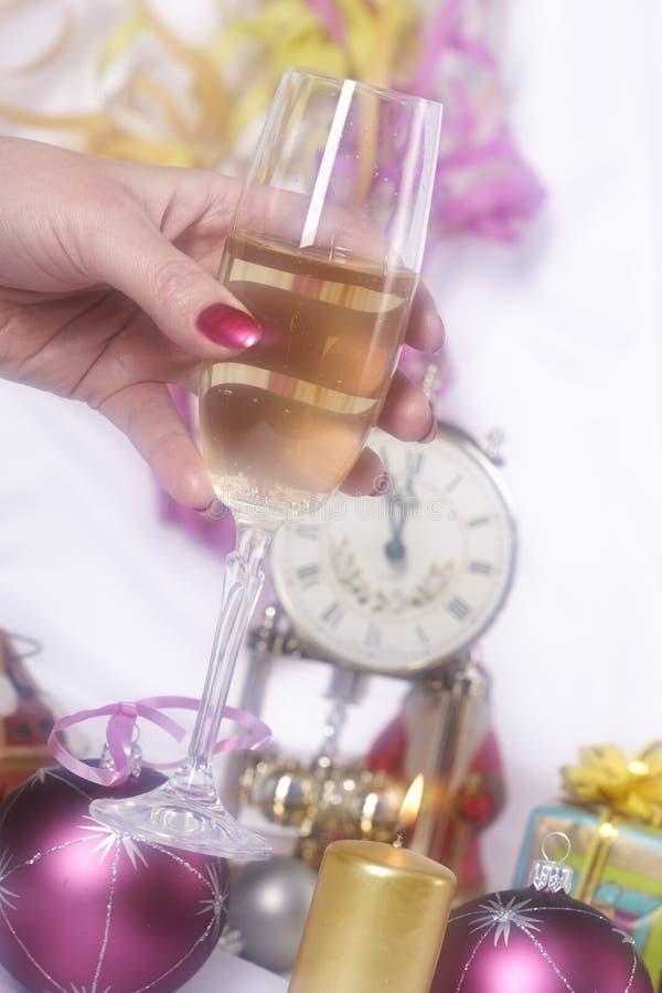 Véspera de ano novo e champanhe imagem de stock royalty free