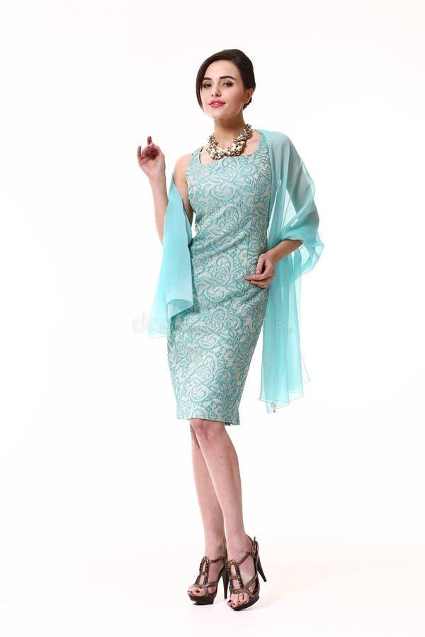 Vêtements asiatiques de mode de femme d'isolement sur le blanc photographie stock