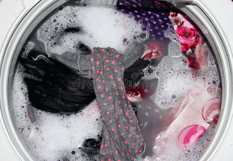 Vêtements de lavage image libre de droits