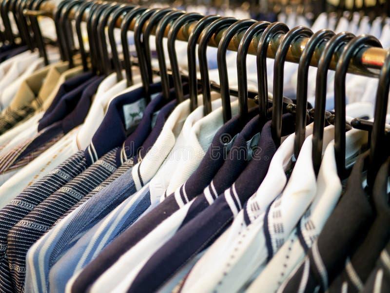Vêtements de mode image stock