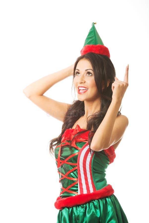 Vêtements de port d'elfe de femme intégrale se dirigeant  photographie stock