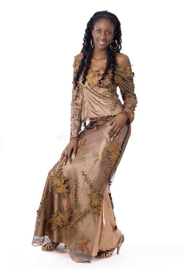 vêtements noirs africains s'usant le femme photo stock