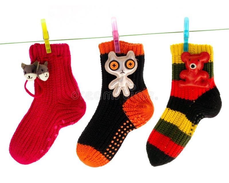 vêtx la ligne s'arrêtante mignonne chaussettes photographie stock libre de droits