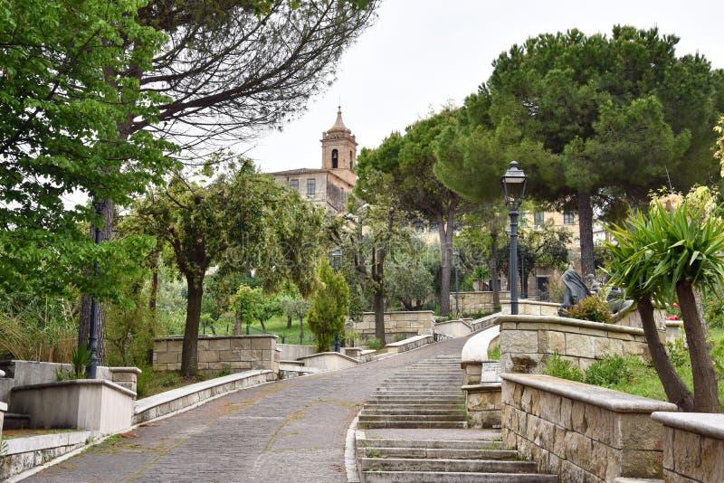 V?a Bartolino y el santuario Madonna del esplendor imágenes de archivo libres de regalías