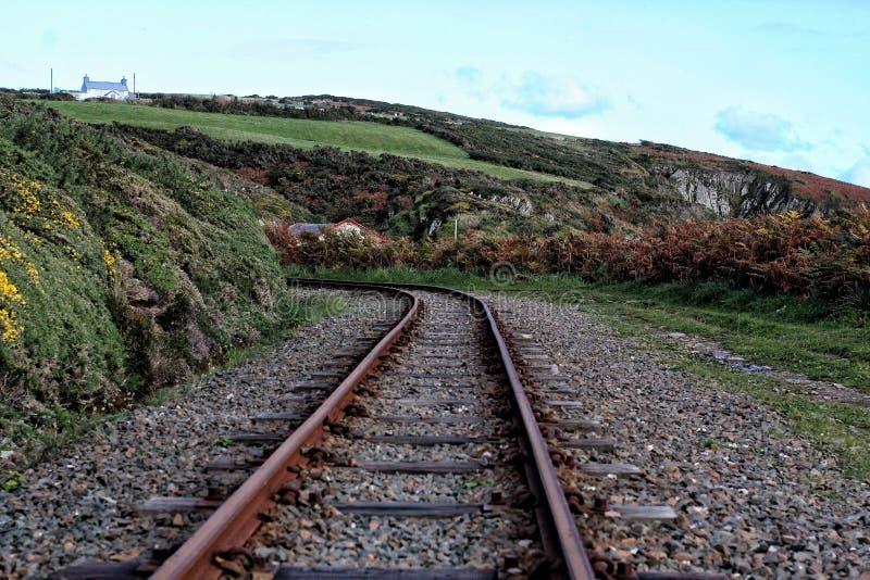 Vía costera del tren del vapor foto de archivo libre de regalías