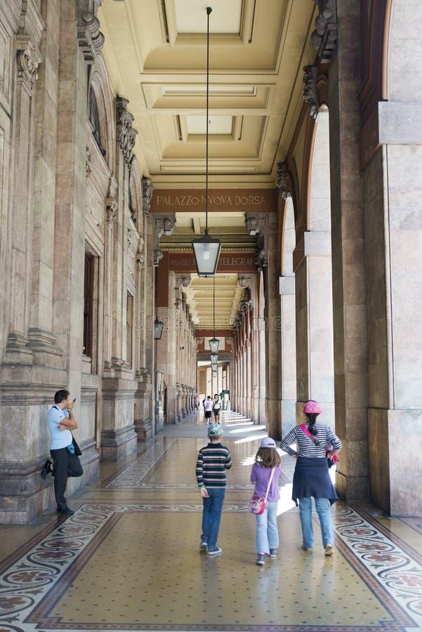 Download Vía Dante, Génova imagen de archivo editorial. Imagen de europeo - 44855509