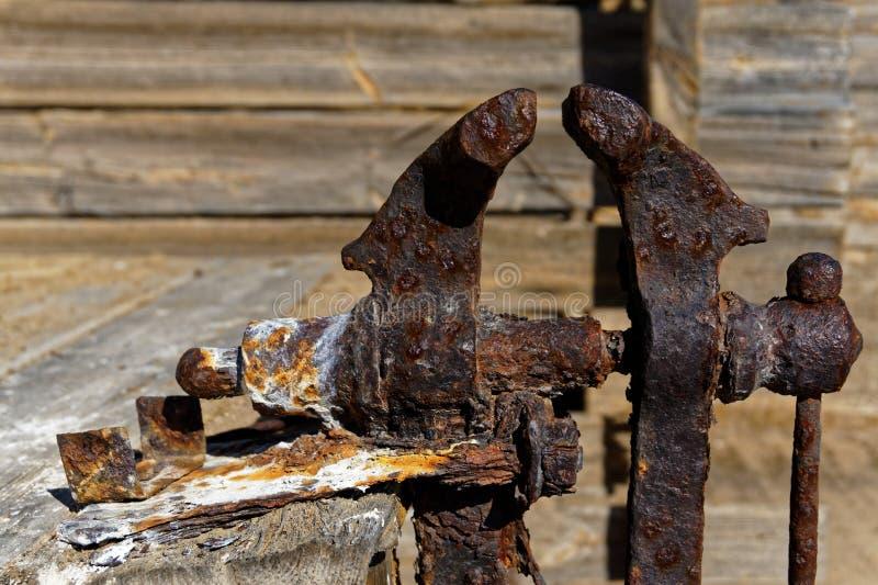 Vício oxidado do ferro fotografia de stock royalty free