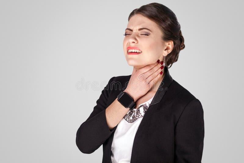Vírus, garganta Dor incômoda no pescoço fotos de stock