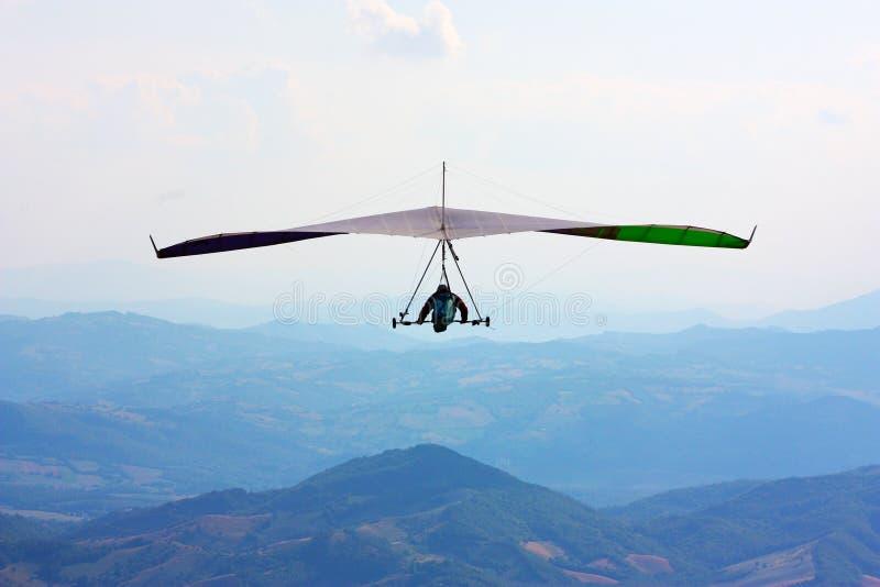 Vôo do planador de cair no Italy imagem de stock royalty free