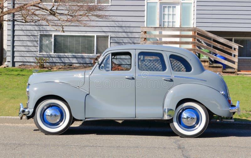 Völlig wieder hergestelltes Austin 1953 von England stockbild