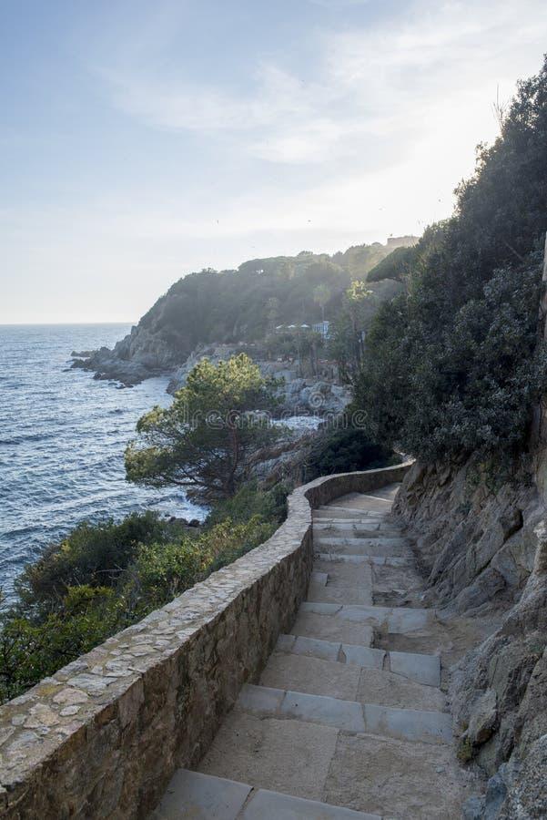 V?garna av Ronda i Lloret de Mar, Costa Brava royaltyfri bild