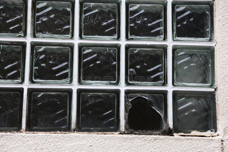 V?gg f?r Glass tegelsten royaltyfri foto