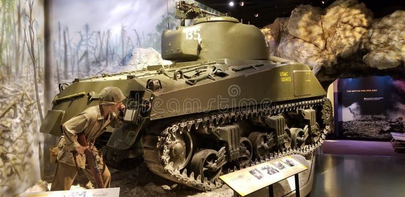 V?rldskrig II Marine Corps M1 Sherman Tank arkivfoto