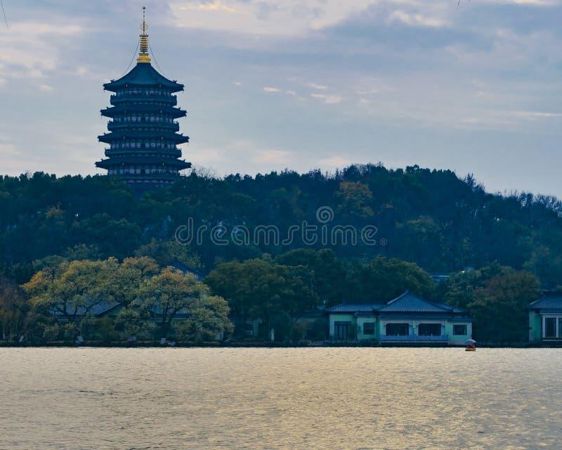 V?stra sj?, Hangzhou, Kina fotografering för bildbyråer