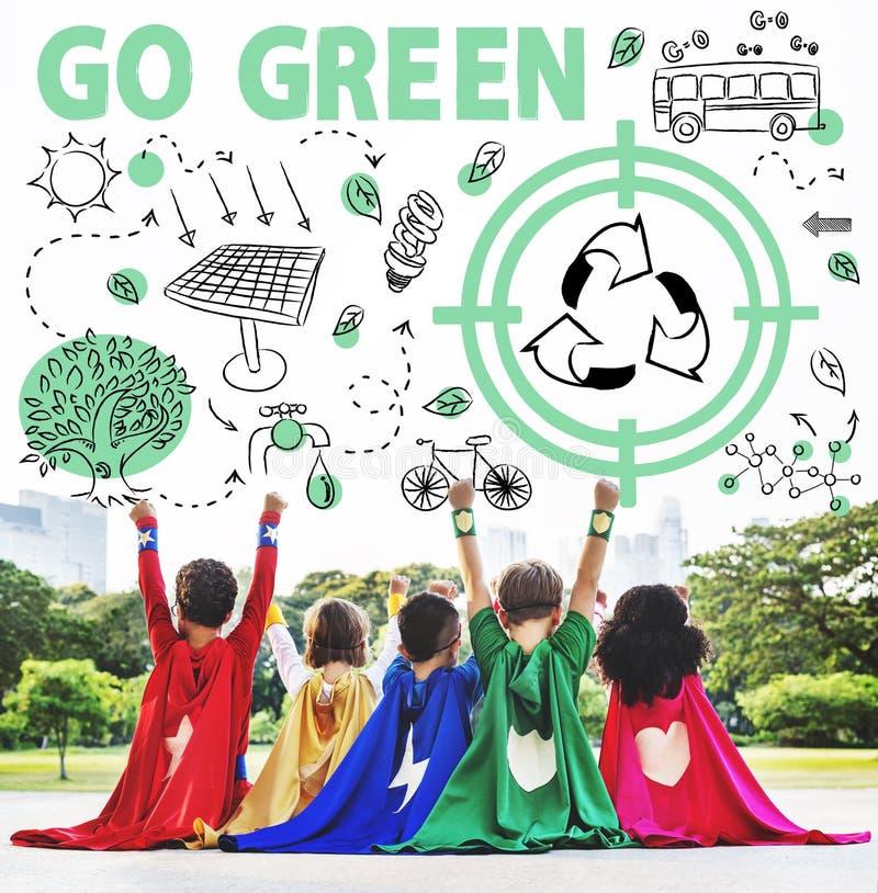 Va il concetto verde della freccia del bus di Sun di riutilizzazione immagine stock