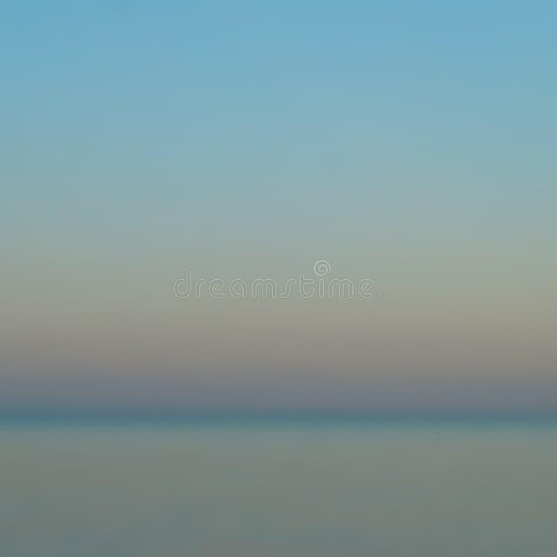 Vaag beeld van dageraad over het overzees royalty-vrije illustratie