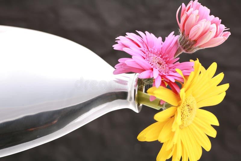Vaas met bloemen royalty-vrije stock afbeelding