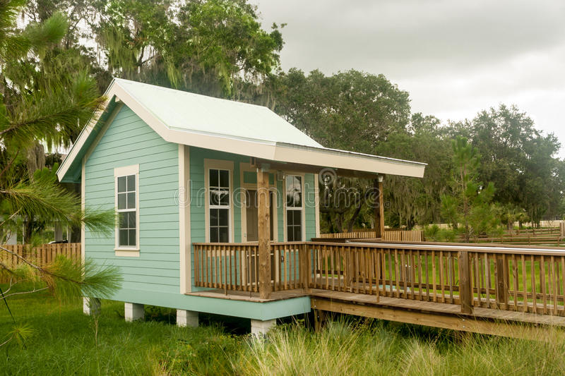 Download Vacation Cottage stock photo. Image of bradenton, green - 29037140