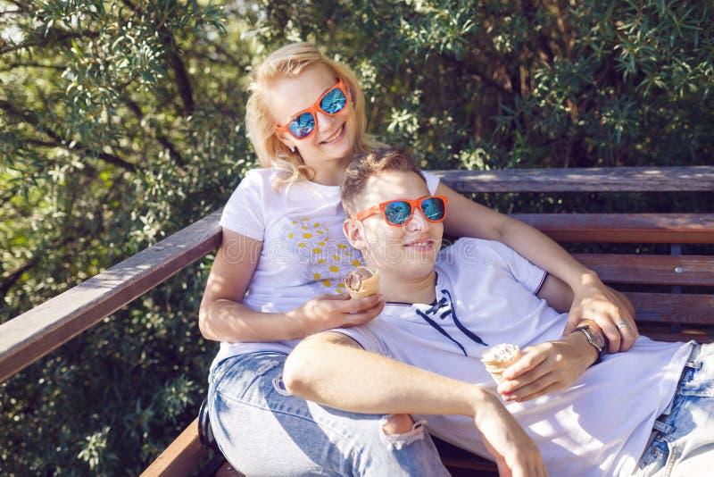 Vacaciones de verano felices fotografía de archivo