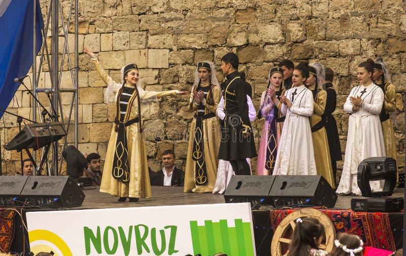 Vacances de Novruz Bayram dans la capitale de la République de l'Azerbaïdjan dans la ville de Bakou 22 mars 2017 image libre de droits