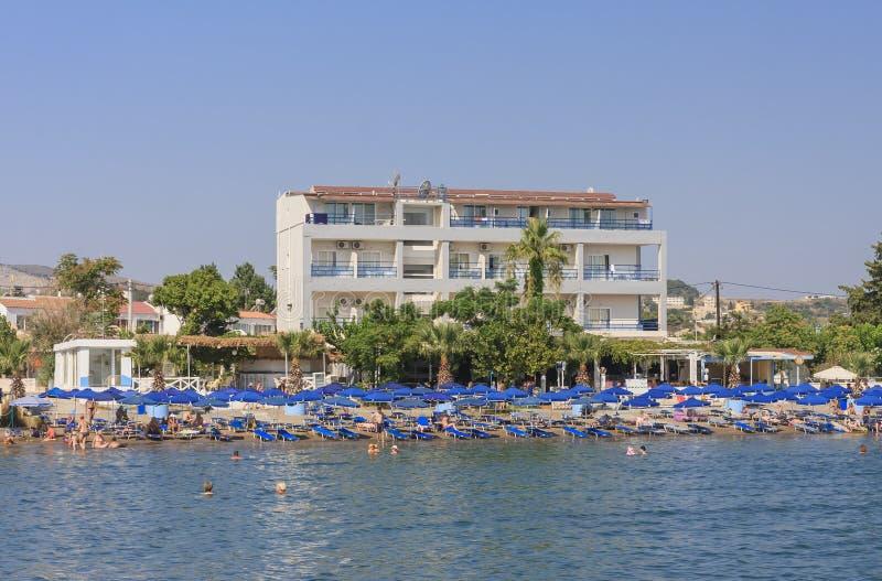 Vacances en mer La station de vacances de Faliraki Île de Rhodes La Grèce photo libre de droits